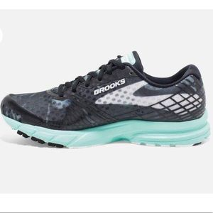 Brooks Launch 3 Black Running Shoes